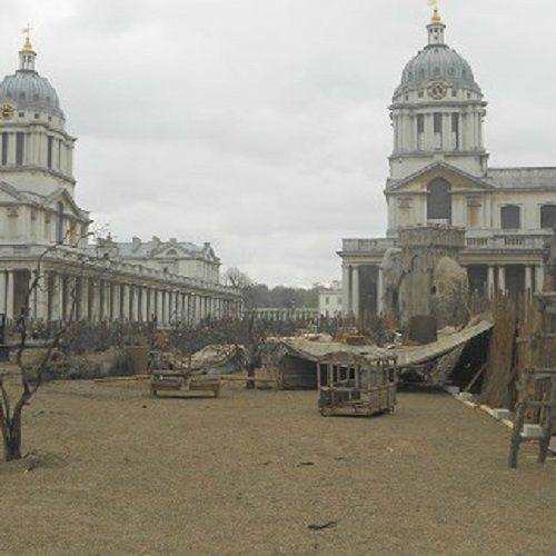 les-miserables-greenwich-london-2